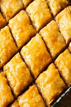 Honey Baklava – One of the best middle-eastern desserts. This is my go-to recipe, which turns out perfect every time. Honey Baklava – One of the best middle-eastern desserts. This is my go-to recipe, which turns out perfect every time. Desserts Nutella, Greek Desserts, Greek Recipes, Just Desserts, Delicious Desserts, Yummy Food, Desserts With Honey, Best Dessert Recipes, Dessert Haloween