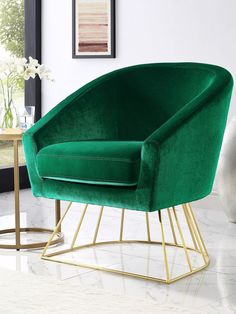 Mid-Century Modern Velvet Green Barrel Accent Chair with Gold Base Trendy Furniture, Accent Furniture, Furniture Decor, Cozy Living Rooms, Home Living Room, Apartment Living, Velvet Accent Chair, Accent Chairs, Dressing Chair