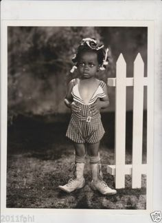 """""""Buckwheat"""" in Our Gang (The Little Rascals) played by Carlena Beard. Hollywood Stars, Classic Hollywood, Old Hollywood, Vintage Photographs, Vintage Photos, Vintage Tv, Black Is Beautiful, Beautiful People, Retro"""