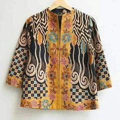 Model Dress Batik, Batik Dress, Batik Fashion, Fashion Sewing, Blouse Styles, Scarf Styles, Blouse Batik Modern, Batik Kebaya, Coats For Women