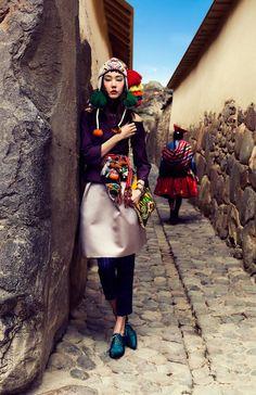 Korean model Han Hye Jin showed her countrymen colors of Peru. In Vogue Korea published photoshoot of Alexander Neumann. The girl tried on dresses from Roberto Cavalli, Balmain, Prabal Gurung and Salvatore Ferragamo. Vogue Korea, Foto Fashion, Fashion Shoot, Editorial Fashion, Fashion 2016, Daily Fashion, Ethnic Fashion, High Fashion, Street Fashion