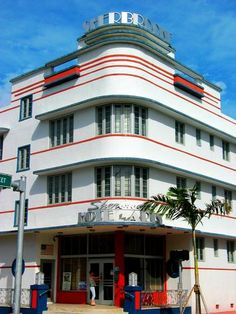 Love this district- one of a kind- Art deco in #Miami #Beach Florida http://VIPsAccess.com/luxury-hotels-miami.html
