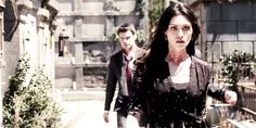 """Hayley, Elijah and Klaus #TheOriginals 1x22 """"From a Cradle to a Grave"""""""