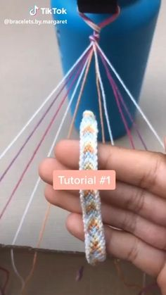 Diy Bracelet Designs, Diy Bracelets Patterns, Yarn Bracelets, Diy Bracelets Easy, Summer Bracelets, Diy Friendship Bracelets Tutorial, Chevron Bracelet, Diy Friendship Bracelets Patterns, Bracelet Tutorial