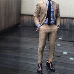 Style by @r3zap3rz #trendy #khaki #gentleman #style #dapper #mensfashion #menswear #mensuit
