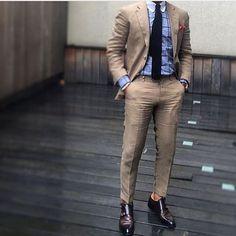 Style by @r3zap3rz #trendy #khaki #gentleman #style #dapper #mensfashion #menswear #mensuit