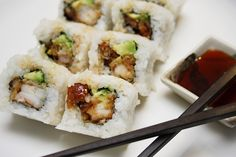 Eel Avocado Roll with Shrimp Tempura