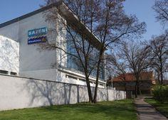 En mi barrio está la piscina de agua salada - Hloubětín.