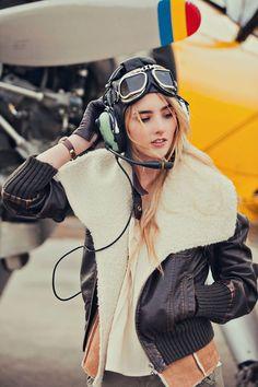 Fashion shoot loosely inspired by Amelia Earhart Spieth Und Wensky, Mode Steampunk, Female Pilot, Amelia Earhart, Utah Photographers, Mode Vintage, Dieselpunk, Fashion Shoot, Belle Photo