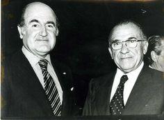 Santiago Carrillo junto al argentino Alejandro Orfila (1925-), en aquel entonces Secretario General de la Organización de Estados Americanos, el 28 de septiembre de 1977 Foto Cifra Gráfica.