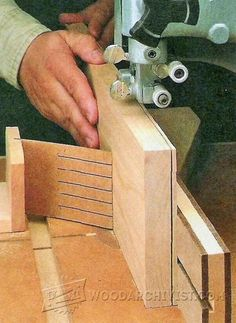 Resawing on the Band Saw - Band Saw Tips, Jigs and Fixtures | WoodArchivist.com