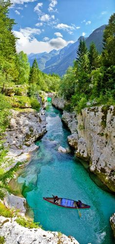 I would love to kayak this river! :) Emerald river - Julian Alps - Slovenia (wow, doesn't even look real - beautiful! Places Around The World, The Places Youll Go, Places To See, Dream Vacations, Vacation Spots, Places To Travel, Travel Destinations, Julian Alps, Photos Voyages