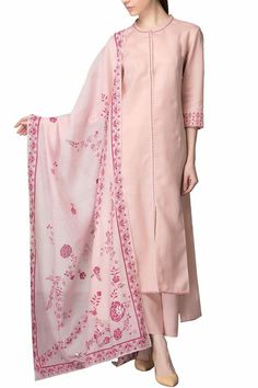 Kurta, palazzo and dupatta set - AM:PM - Designers Pakistani Dresses, Indian Dresses, Indian Outfits, Kurta Designs, Blouse Designs, Kurta Style, Suits For Women, Clothes For Women, Classy Suits