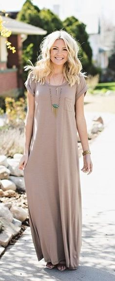 Loose Fit Maxi Dress with Pocket Detail. : Loose Fit Maxi Dress with Pocket Detail Spring Dresses Casual, Trendy Dresses, Modest Dresses, Cheap Dresses, Nice Dresses, Dress Casual, Casual Summer, Maxi Dresses, Maxi Skirts