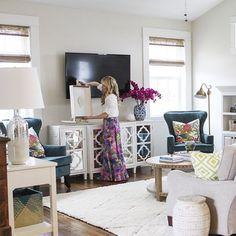 6th Street Design School: Last Week's Links Living room -white piano