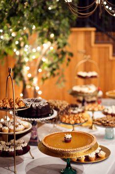 Wedding-Pie-Dessert-Table