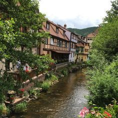 Ruta-Alsacia-Kaysersberg Countryside Village, French Countryside, Petite France, Places Ive Been, Places To Visit, Mansions, House Styles, Travel, Ideas