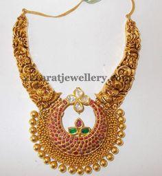Jewellery Designs: Chandbali Pendant Filigree Choker