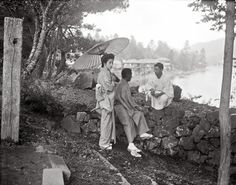 Back in 1908, a German photographer Arnold Genthe (1869-1942) spent six months in Japan, documenting the everyday life of Japanese during the Meiji period.