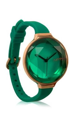 Stunning Emerald watch. For more color inspiration visit: http://www.pinterest.com/citytile/