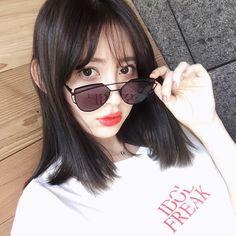 "25.9 mil curtidas, 119 comentários - Haruna Kojima (@nyanchan22) no Instagram: ""夏に着てほしいから、 再入荷しました!✨ IDOL FREAK Tshirt @h22market 私のリンクから飛べます"" Round Sunglasses, Sunglasses Women, Haruna Kojima, Fashion Photo, Ootd Fashion, Asian Beauty, Ulzzang, Hair Inspiration, Outfit Of The Day"