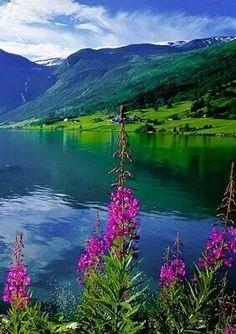 Jolstravatnet Fjord Norway