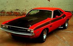 1971 Dodge Challenger Pictures: See 85 pics for 1971 Dodge Challenger. Browse interior and exterior photos for 1971 Dodge Challenger. Get both manufacturer and user submitted pics. Mopar, Dodge Dakota, Plymouth Barracuda, Plymouth Duster, Pony Car, Muscle Cars Dodge, Wallpaper Carros, Hd Wallpaper, Wallpapers