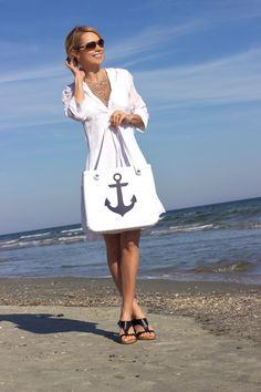 Anchors away!  Our limited edition Baby Bogg Bag in White and Navy Anchor is already becoming the hit of the season!  #boggbag #totebag #bestbags #anchor #navy #nautical #coastalliving #ootd #bestbeachbagever