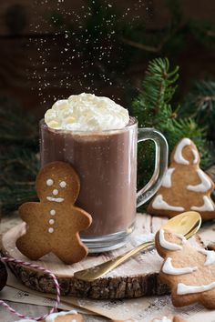 Christmas hot chocolate – Famous Last Words Salad Recipes Healthy Lunch, Whole30 Fish Recipes, Healthy Salad Recipes, Healthy Smoothie, Delicious Recipes, Christmas Hot Chocolate, Coffee Drink Recipes, Creamy Cucumber Salad, Christmas Cookies