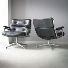 Art of Vintage: Vintage Charles and Ray Eames Lobby Chairs 675 ES105 black leather