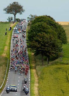 Tour de France, 2012, photograph by Bogdan Cristel