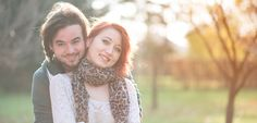 Autumn colors and happy people are the main ingredients for this wonderful photo session.