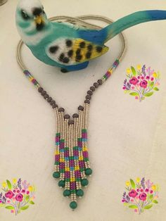 This Pin was discovered by Ber Bead Jewellery, Beaded Jewelry, Handmade Jewelry, Beaded Bracelets, Earrings Handmade, Seed Bead Necklace, Bead Earrings, Diy Necklace, Necklaces