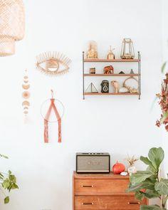Chris • Green DIY Deco • sur Instagram: Witch Party ✨ Comme un avant-goût d'halloween !! Notre déco est déjà en place et cette année, j'avais envie d'une ambiance bohème… Place, Halloween Party, Instagram, Home Decor, Diy Room Decor, Envy, Decoration Home, Room Decor, Home Interior Design