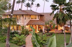 Path, lush, tropical foliage for Hawaiian backyard