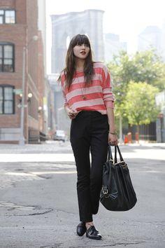 stripe sweater + black pant (i got this)