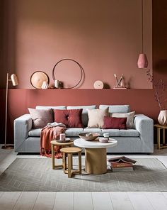 Pink Living Room Design - Page 20 of 21 - LoveIn Home Living Room Red, Living Room Colors, Living Room Decor, Bedroom Decor, 50s Bedroom, Gray Bedroom, Bedroom Colors, Modern Bedroom, Interior Paint Colors
