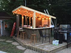 Shed Plans - Shed Plans - Tiki Bar - Backyard Pool Bar built with old patio wood Now You Can Build ANY Shed In A Weekend Even If Youve Zero Woodworking Experience! Now You Can Build ANY Shed In A Weekend Even If You've Zero Woodworking Experience! Pool Bar, Patio Bar Table, Pool Side Bar, Deck Bar, Bar Tables, Tiki Hut, Diy Außenbar, Outdoor Tiki Bar, Outdoor Bars