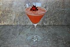 Strawberry Jam and Lemonade Martini Ingredients 2 ounces of Belvedere Vodka ½ teaspoon of strawberry jam 2 ounces of lemonade 1 cup of ice Garnish: edible flower Instructions: In...