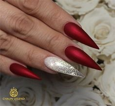 Acrylic Nails - 50 creative red acrylic nail designs that inspire you - Nageldesign - Acrylic Nails Stiletto, Pointy Nails, Acrylic Nail Art, Acrylic Nail Designs, Nail Art Designs, Red Matte Nails, Red Chrome Nails, Summer Stiletto Nails, Nails Design