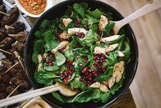 Guide To Healthy Eating: Simple Nutrition Tips. Everyone would like to eat a healthier diet. However, many think it is too difficult to eat healthy. Muscle Food, Best Time To Eat, Green Salad Recipes, Food Categories, Nutrition Tips, Summer Salads, Food Photo, Summer Recipes, Healthy Eating