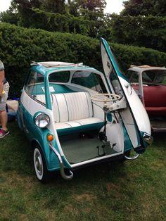 1957 BMW Isetta -- can you even imagine the fun??