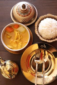 O-R Authentic – Thai Cuisine, Thousand Oaks Purple Rice, Fried Spring Rolls, Curry Noodles, Coconut Chicken, Lunch Specials, Restaurant Offers, Lunch Menu, Thai Recipes