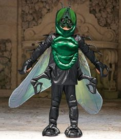 Check out this selection of insect and animal costumes that boys can dress up in this Halloween, from Chasing Fireflies Costume Halloween, Costume Garçon, Queen Costume, Dress Up Costumes, Halloween Costumes For Girls, Halloween Birthday, Halloween Boo, Costumes For Sale, Cool Costumes