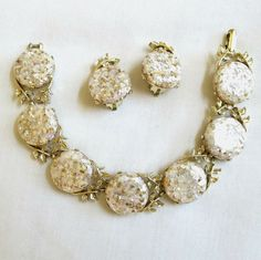 Vintage White Lucite Thermoset Confetti by MyVintageJewels on Etsy, $28.00