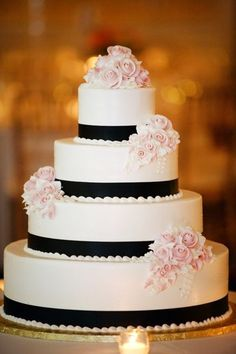 white-black-wedding-cake-4-tier-round-light-pink-roses-on-top