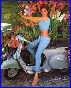 Vintage Roller Pin-up-Girl - Vespa, Lambretta, Scooter - Motor Chevrolet Cruze, Chevrolet Agile, Piaggio Vespa, Lambretta Scooter, Vespa Scooters, Scooter Girl, Vespa Girl, Vespa Motorcycle, Motos Vespa
