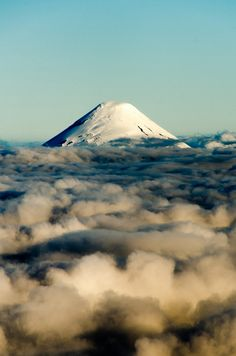 Volcán Osorno by Kmilo__, via Flickr