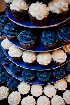 2019 Most Popular Wedding Cakes--- Navy Cupcakes, Blue Wedding Cupcakes, Silver Cupcakes, Bridal Cupcakes, Cupcake Wedding, Navy Bridal Shower, Wedding Doves, Wedding Desserts, Sweet 16