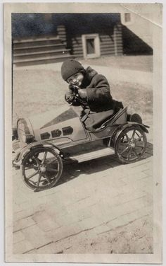 kittyinva:  Kittyinva: 1920's Little boy in pedal car. Just adorable!